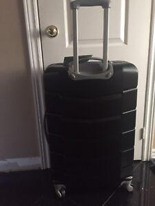 "28"" Brand new luggage $70"