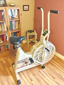 Velo exerciseur programmable