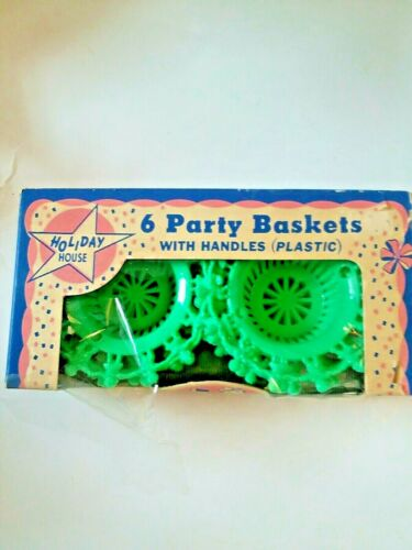 VTG Package 6 Green Plastic Party Basket Nut Cups w/ Handles Holiday House - NIB
