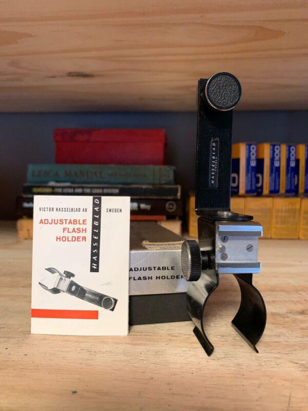 Hasselblad Adjustable Flash Holder 45039 (Handle Type)