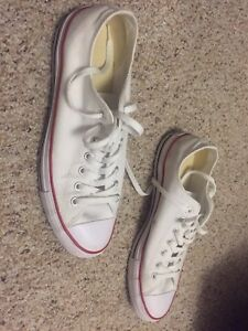 Size 11.5 Men White Converse
