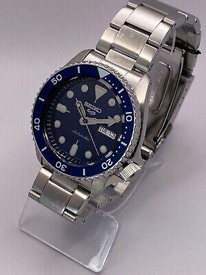 Seiko 5 Sports Men's Automatic Blue Dial Stainless-Steel bracelet Watch SRPD51K1