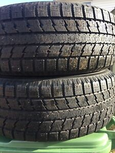 p255/60/17 inch Winter Tires / NEAR NEW / GOOD DEAL