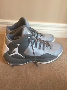 White Air Jordan's used 3 times size 8.5 can fit 10 comfortably