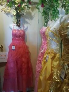 WHOLESALE CLOTHING & SOUVENIRS STOCK Findon Charles Sturt Area Preview