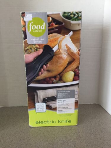 Food Network Electric Knife with 2 blades, case, & fork - FN