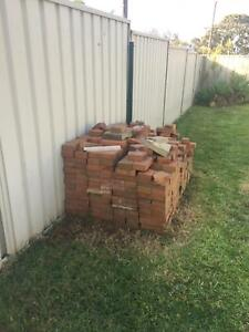 FREE BRICKS Bonnells Bay Lake Macquarie Area Preview