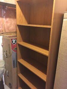 5 Shelf Book case