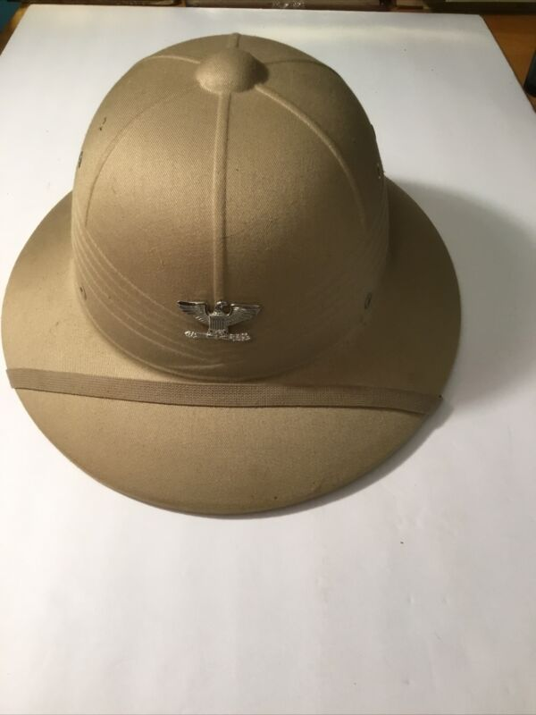 Vintage USMC Pith Helmet with Colonel Pin