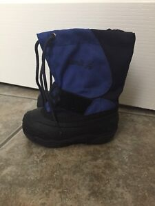Size 6 Kamik winter boots