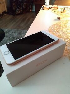 Iphone 8 for sale  ( locked to Freedom )