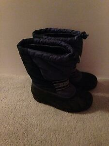Sorel boots size 3 Kingston Kingston Area image 2