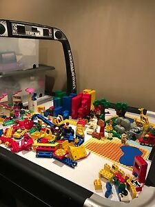 Huge lot of Duplo, many hard to find pieces