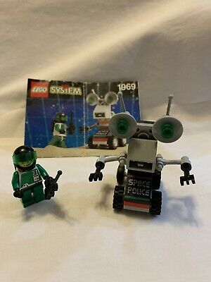Lego Set #1969 Space Police II:Mini Robot, 100% Complete w/Manual, Vintage 1993