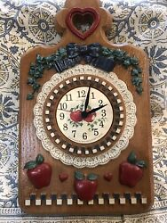 VINTAGE HOMCO HOME INTERIORS APPLE WALL CLOCK