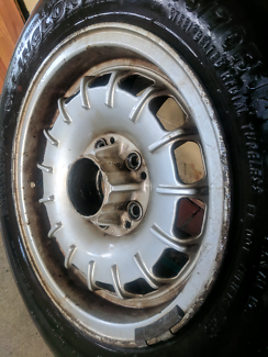 GENUINE W123 MERCEDES WHEEL