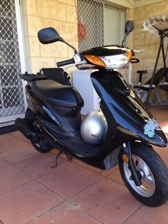 yamaha jog moped 50cc
