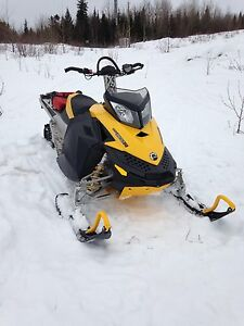 2008 Ski Doo summit 800 revxp