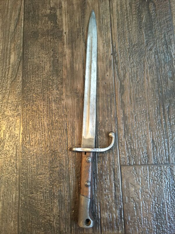 Spanish Mauser Bayonet Knife missing button