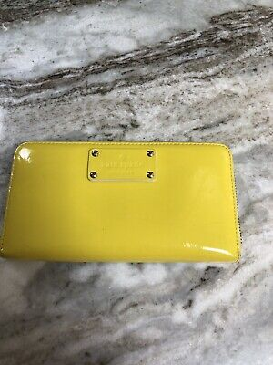 KATE SPADE ZIP AROUND LARGE WALLET CHARTREUSE Yellow Patent Leather