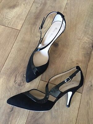 - NEW $495 RON WHITE  CASHMERE SUEDE/PATENT LEATHER HIGH HEEL PUMPS 36.5 US 6