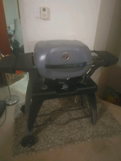 Endure e2go BBQ with natural gas connection set-up