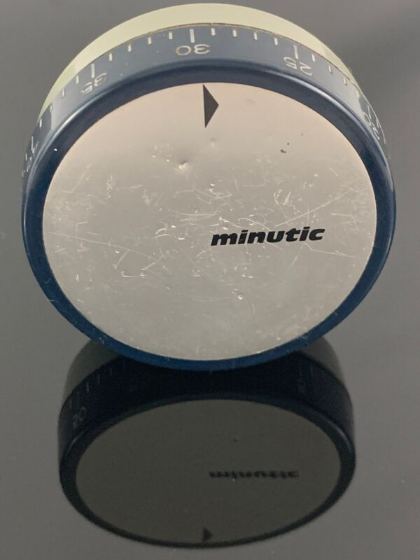 Small Round Minutic 60 Minute Timer Made In Germany