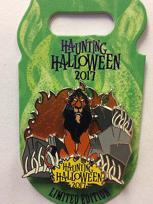 Disneyland / WDW Disney Parks 2017 Villains Haunting Halloween SCAR LE Pin ](Disneyland Halloween Villains)