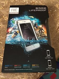 BRAND NEW White IPhone 6/6s Lifeproof FRE