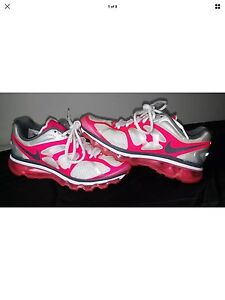 Nike Air Max Pink Athletic Running Shoes Women's Size 6