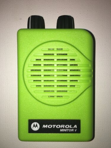 MOTOROLA MINITOR V (5) VHF HIGH BAND PAGERS 151-159 MHz NSV 2-FREQ APEX GREEN