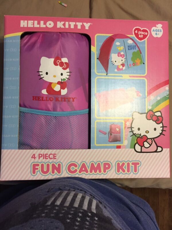Hello Kitty 4 Piece Fun Camp Kit