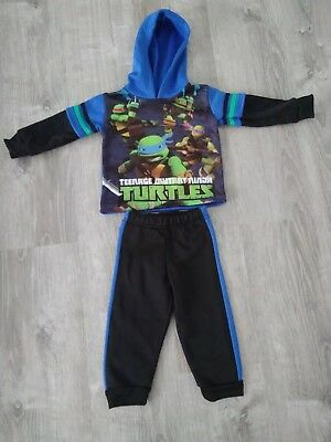 Teenage mutant ninja turtle Black & Blue Outfit 2t excellent condition