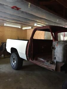 1978 Dodge 100 shortbox 4x4