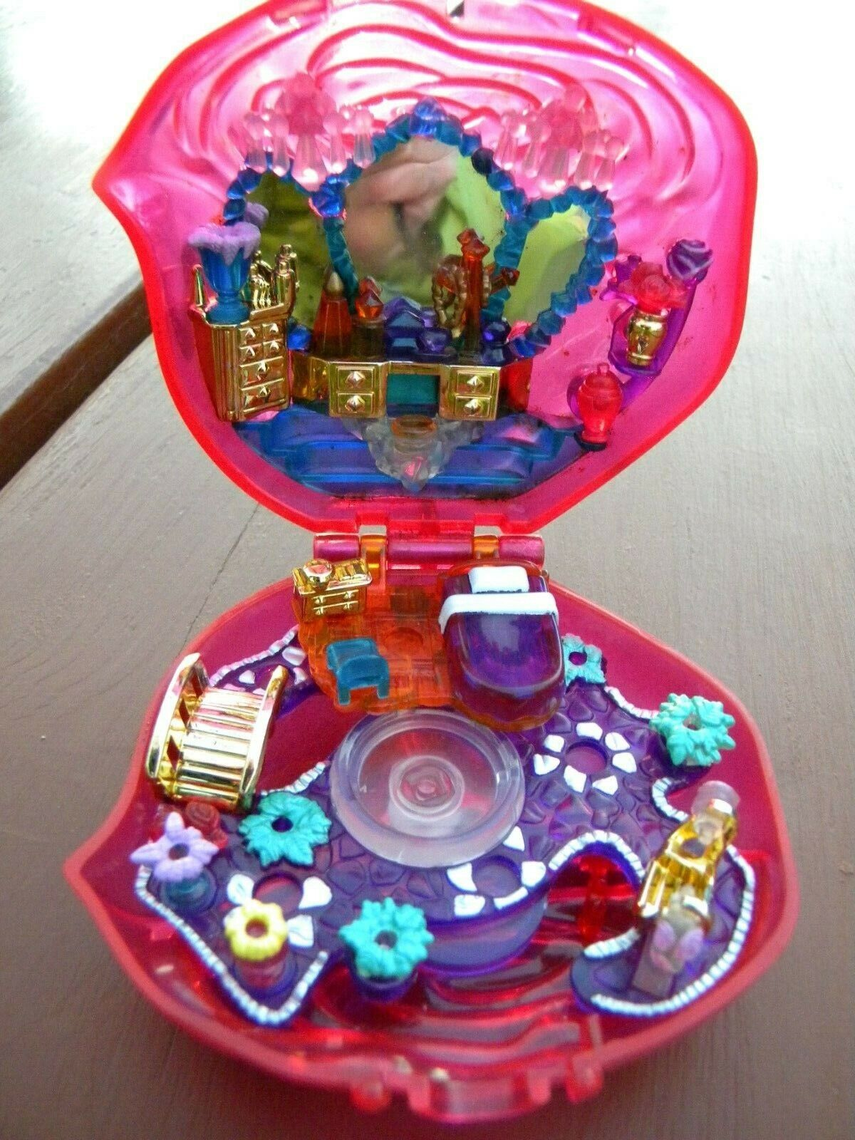 Polly Pocket Bluebird Sweet Roses With Doll Accessories - $31.95
