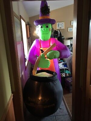 Halloween 8ft Airblown Inflatable Gemmy Blow Up Witch With Caurden](Halloween Airblown Inflatables)