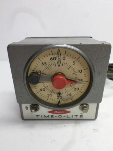 """Vintage MASTER """"TIME-O-LITE"""" TIMER - Model M-59"""