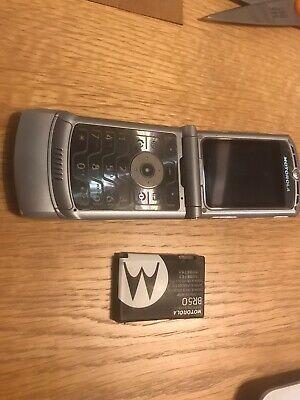 Motorola RAZR V3 - Silver (LOCKED ) Mobile Phone VERY OLD ONE