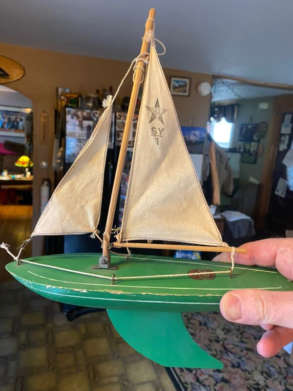 Antique Old Star Yacht Pond Model Sail Boat Ship Sloop