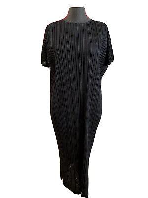 NWOT PLEATS PLEASE by ISSEY MIYAKE Black Short Sleeve Pleated Dress, 4 (Large)