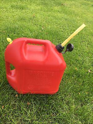 Vintage Plastic Blitz Plastic 5 Gallon Gas Can Vented Style Flex Spout