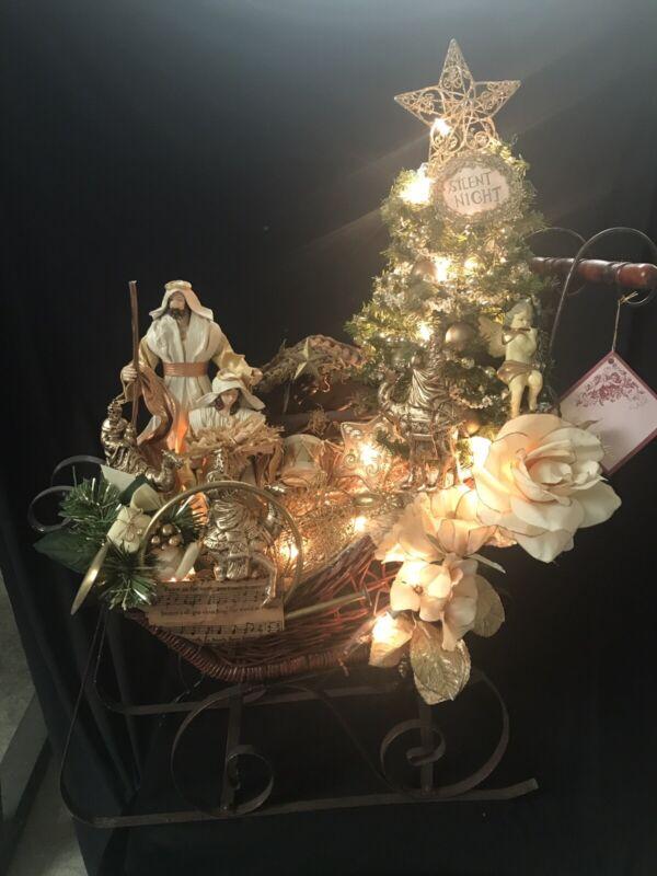 Karen Didion Originals Christmas Sleigh Ligheted And Music Box