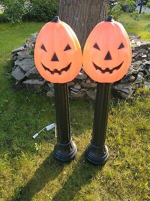 "Set of 2 Halloween Lighted Blow Mold Pumpkin Post Lamp light 43"" TPI Canada"