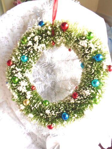 """12"""" Green Bottle Brush Christmas Wreath White Snow Flocked Balls Red Blue Sisal"""