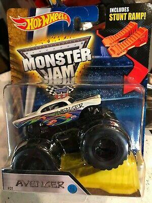 Hot Wheels Monster Jam Avenger 2016 White Body 1:64