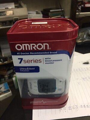 Omron Digital Wrist Blood Pressure Monitor 7 Series BP652 UltraSilent.NEW SEALED