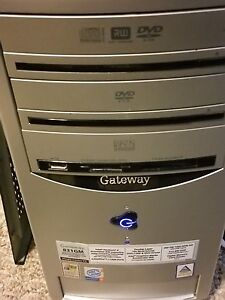 Gateway Desktop computer with free monitor