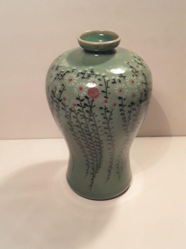 Vintage Chinese Japanese Celadon Porcelain Crackle Glaze Vase Signed