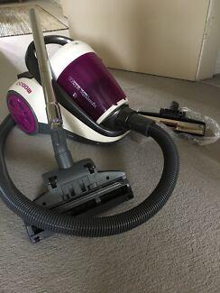 Russel hobs vacume cleaner
