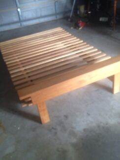 Timer queen bed $20 for clearance